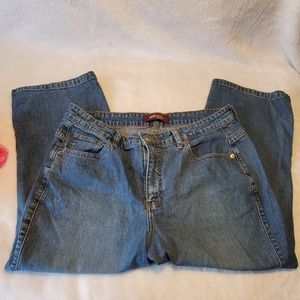 Lee Riveted Ultimate 5 Capri Jeans Size 16M